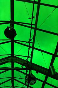 "Seattle Sculpture Museum ""Vivaruim"" - Terrible Green-Glass Greenhouse Architecture"